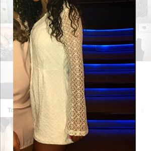 Super Cute White Lace Romper w/ Bell Sleeves